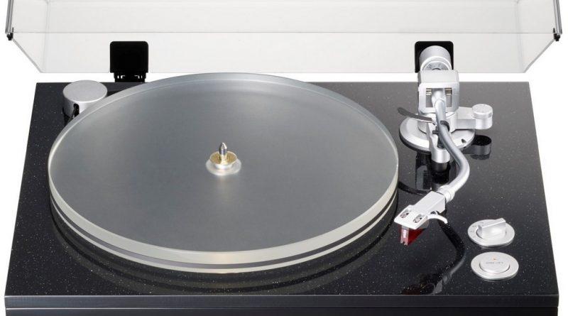 TEAC TN-5BB – флагманский проигрыватель виниловых пластинок с ременным приводом и выходами XLR