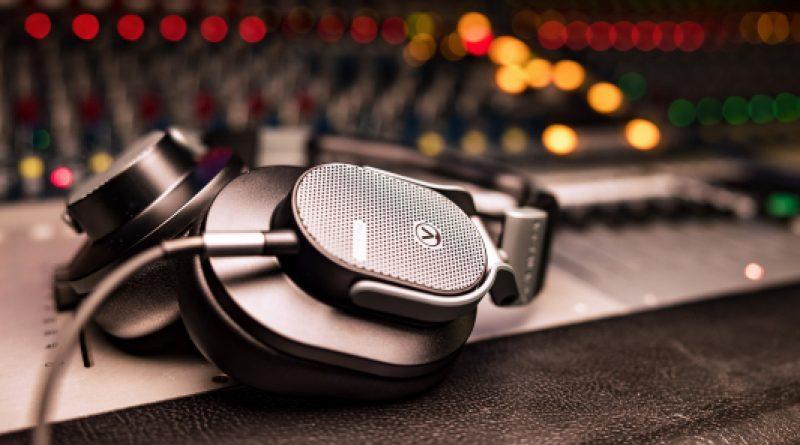 Окрытые наушники Austrian Audio Hi-X65: самое сильное магнитное поле в своем классе