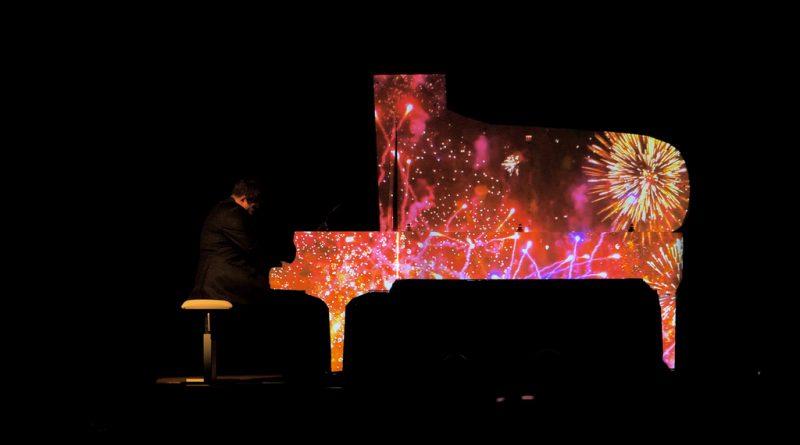 Мультимедийный проект Piano Light Show покажут в Одесской филармонии 10 октября
